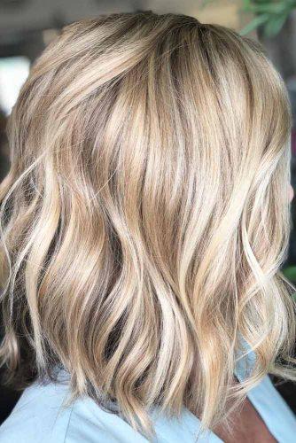 Wavy Lob Haircut #mediumlengthhairstyles #mediumhair #thickhair #longbob #blondehighlights