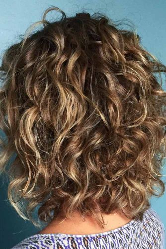 Beachy Wavy Bob Hairstyles