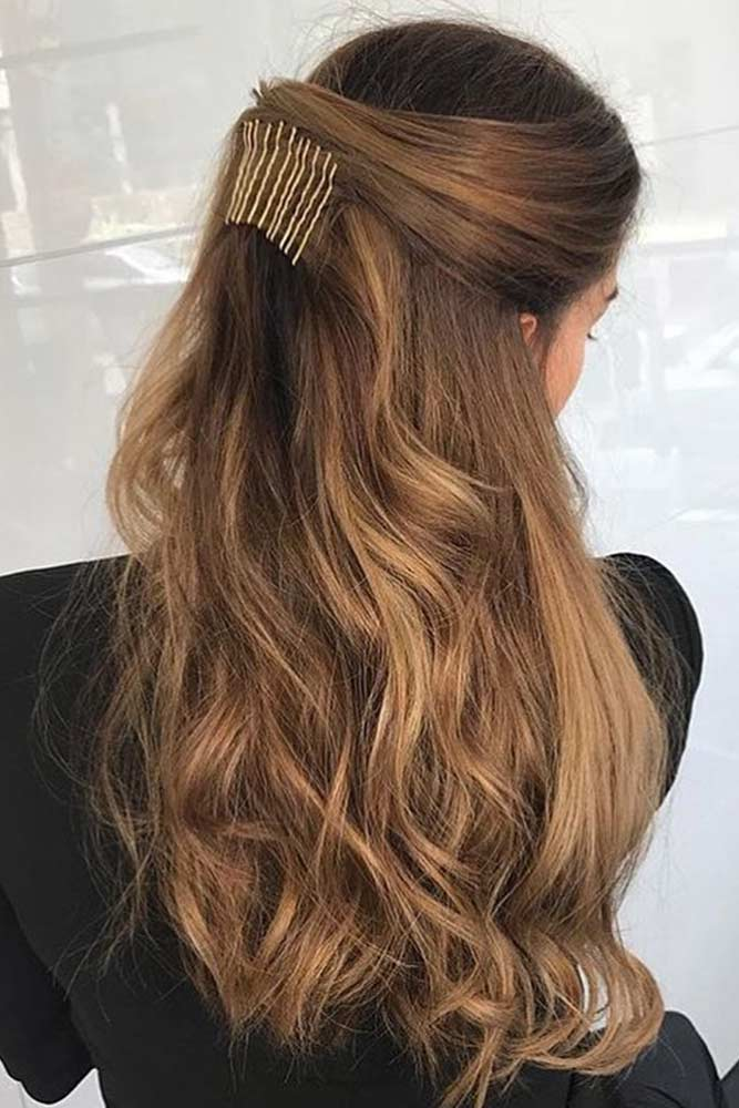 Hairdos with Pins picture1
