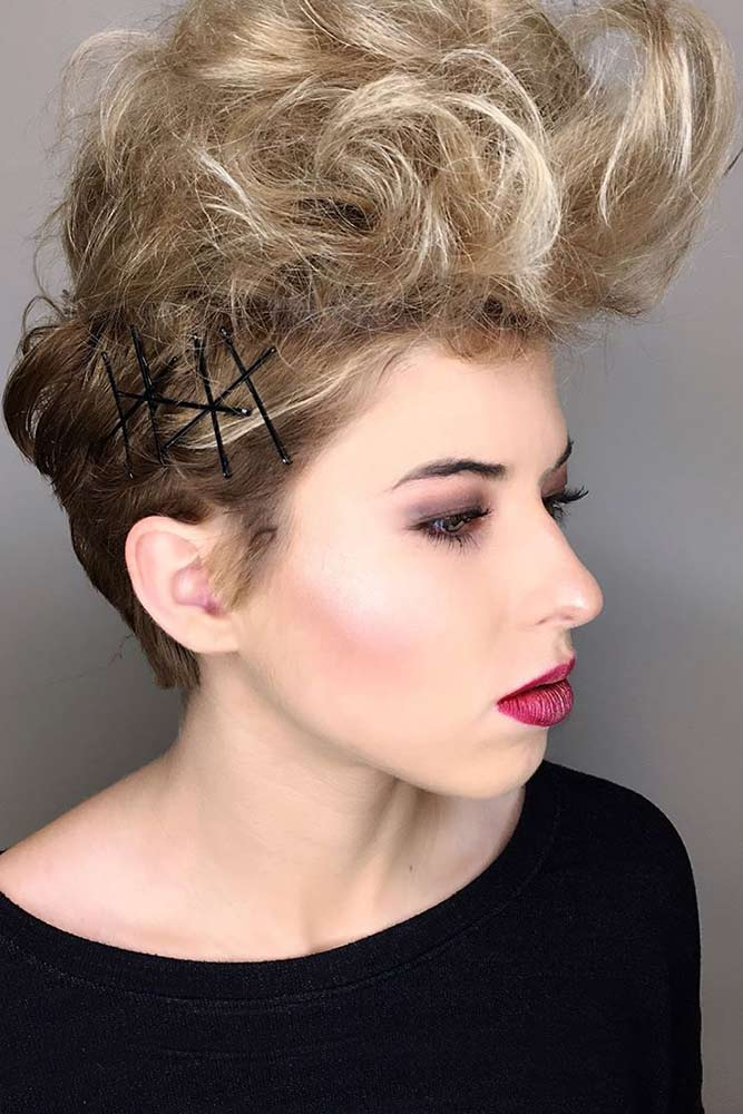 Hairdos with Pins picture3