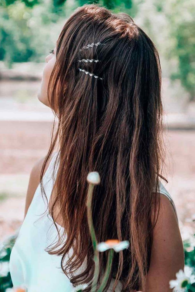 Cute Casual Look With Bobby Pins