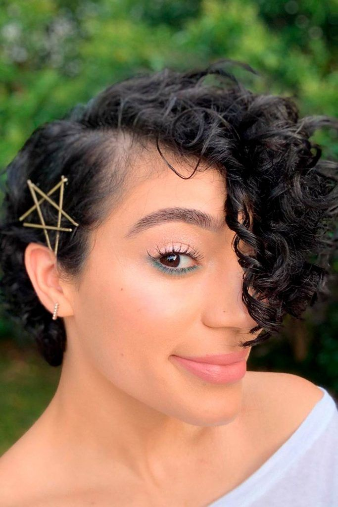 Short Hairstyle With Pins