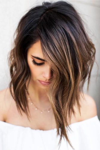 Deep Side Part Medium Hairstyle #messyhair #wavyhair #mediumhair