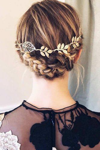 Ideas Of Braids For Short To Medium Hair Crown #updo #braids