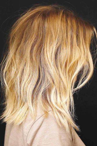 Brown Hair with Blonde Ombre #wavyhair #mediumhair #blondehair