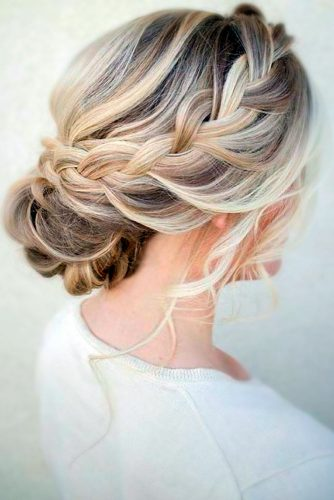 Make Your Look More Sophisticated with Beautiful Updo Hairstyles picture 3
