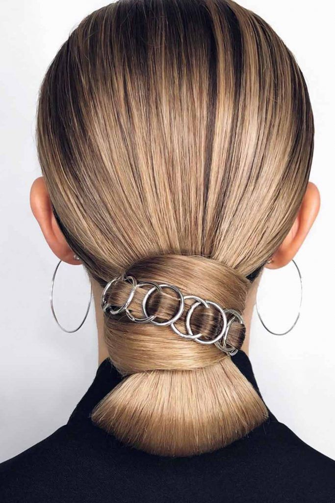 Hair Rings Updo Styles Low #hairrings #hairaccessories
