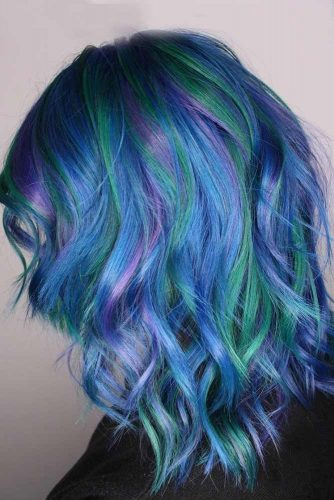 Bright Colors for Medium Hair picture 3
