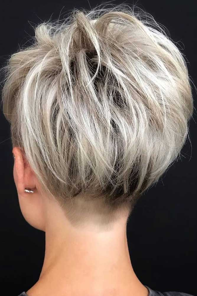 Messy Blonde Layered Pixie Haircut #shorthaircuts #pixiecut #layeredpixie