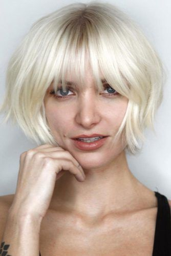 Blonde Layered Bob With Bangs #shorthaircuts #bobhaircut #layeredhaircut #haircuts