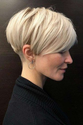 Blonde Layered Pixie Haircut #shorthaircuts #pixiecut #layeredpixie