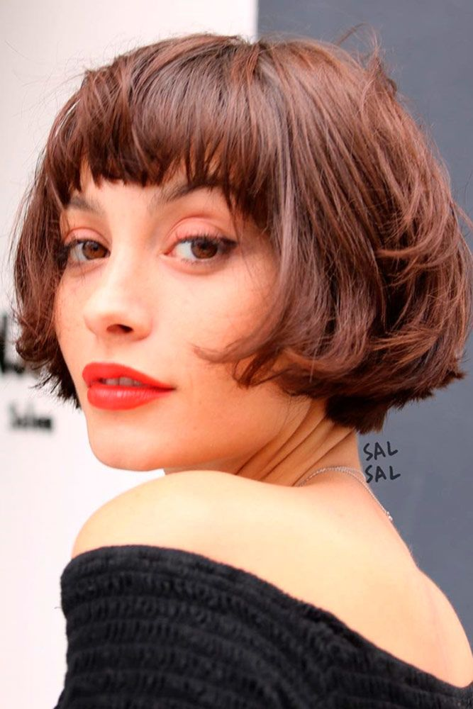Brown Layered Bob With Bangs #shorthaircuts #bobhaircut #layeredhaircut #haircuts