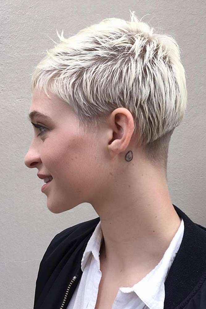 Hot Platinum Pixie Cuts piture1