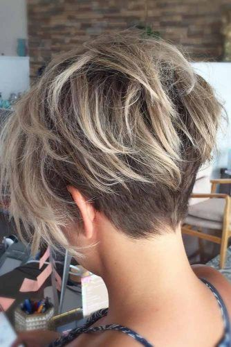 Messy Pixie Layered Haircut #shorthaircuts #pixiecut #layeredpixie