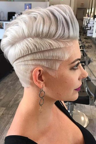 Hot Platinum Pixie Cuts piture3