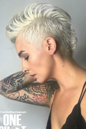 Hot Platinum Pixie Cuts piture2