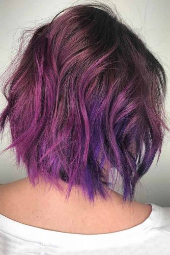 Trendy Messy Purple Layered Bob #bobhaircut #haircutswithlayers #shorthairstyles #purplehair