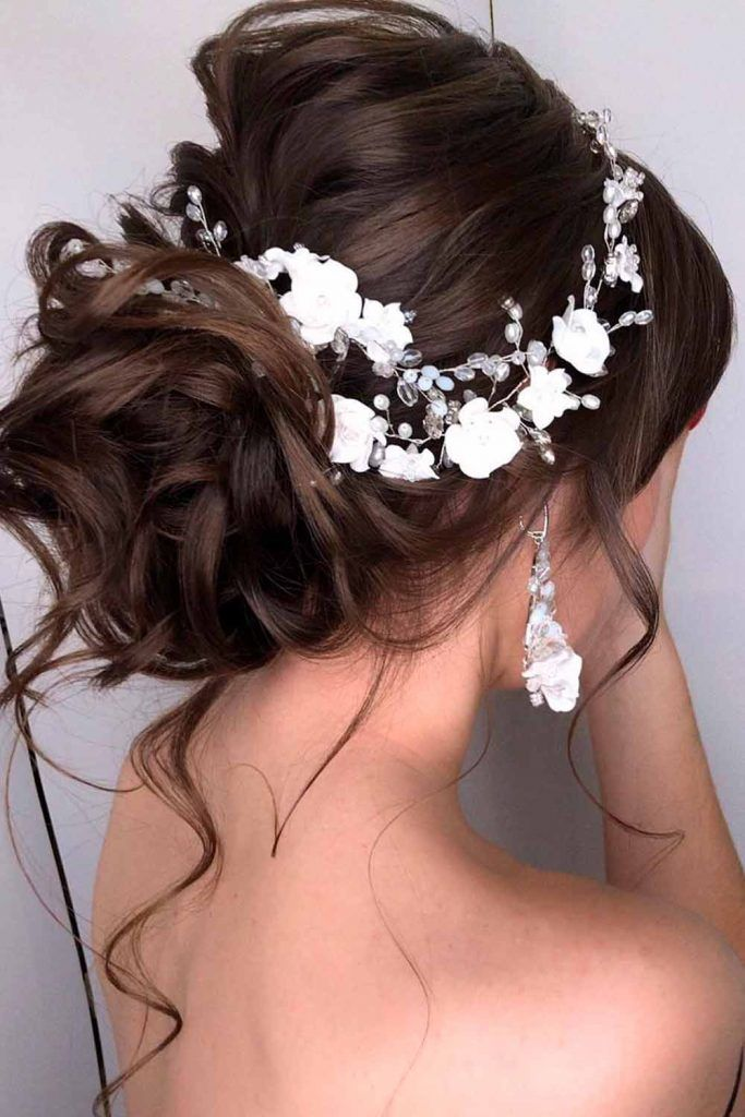 Wedding White Floral Hair Accessories #weddinghairstyles #formalhairstyles