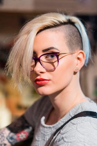 Stunning Short Hair with Undercut picture 1