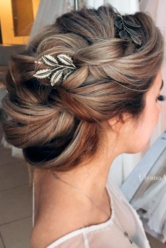 Beautiful Updo for Long Hair picture 2