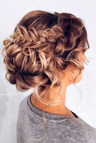 Beautiful Updo for Long Hair picture 3
