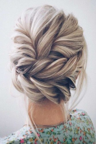 Updo Hairstyles for Inspiration picture2