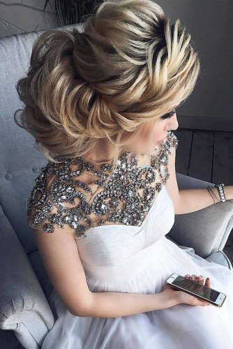 Elegant Hair Styles for Brides and Bridesmaids picture1