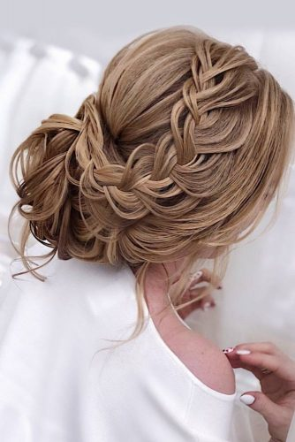 Beautiful Updo for Long Hair picture 5