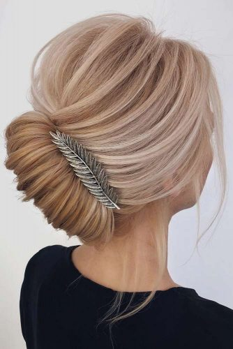 Updo Hairstyles for Elegant Bridesmaids picture 5