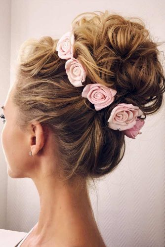 Updos with Hair Flowers picture3