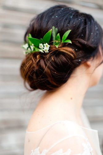 Cute Flowered Hair for Bridesmaids picture 3