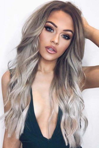 Layered Silver Blonde Ombre Hair #greyombrehair #haircolor #ombrehair