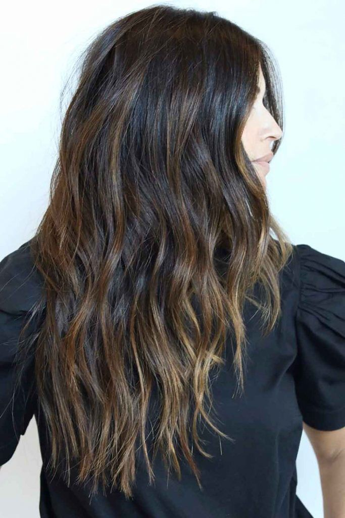 Dark Loose Waves Hairstyle For Long Face