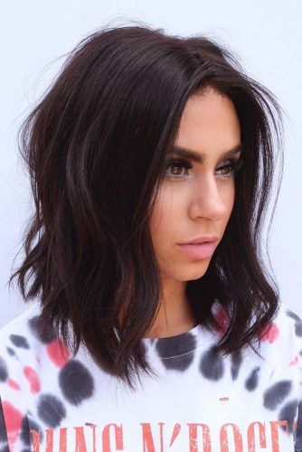 Middle Parted Angled Lob #hairstyles #faceshape #longface