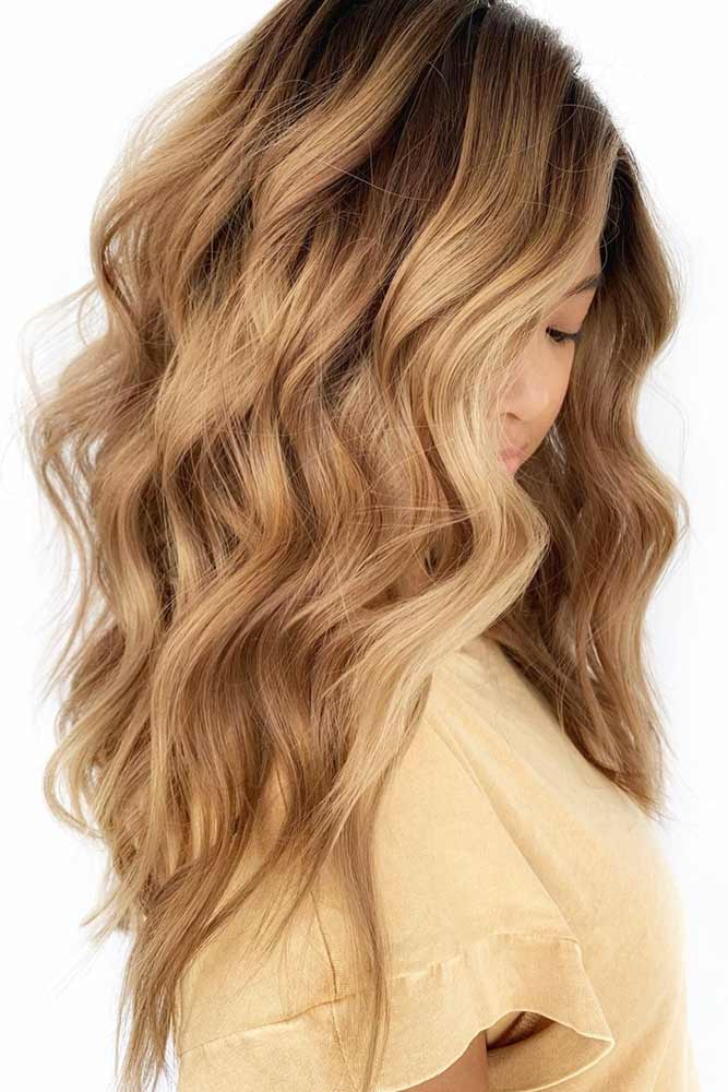 Side Parted Wavy Layered Hairstyle #hairstyles #faceshape #longface