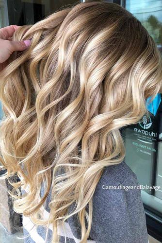 Big Bouncy Curls #hairstyles #faceshape #longface #longhair #blondehighlights