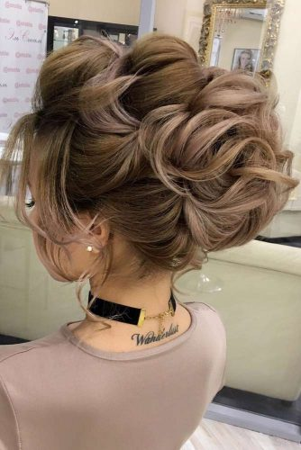 Chic Hairstyles for Prom picture3