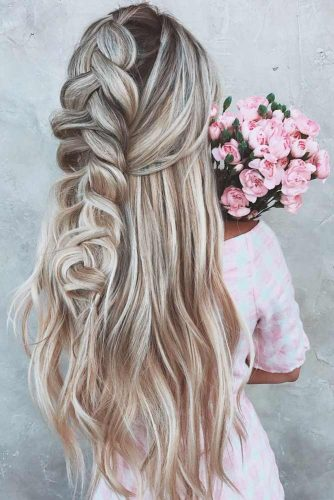 Half Up Hairstyles With Braids Blonde Highlights #halfuphalfdownhairstyles #longhair #promhairstyles #promhair #braidedhairstyles