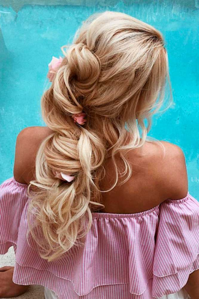 Half Up Half Down Prom Hairstyles to Look Amazing picture3
