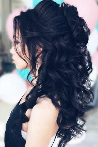 Voluminous Half Up Half Down Prom Hairstyles picture3