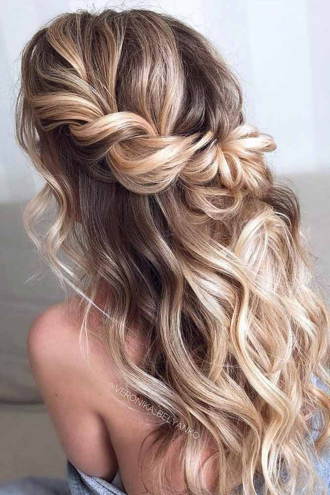 Easy To Do Half Up Hairstyles Twisted Blonde Highlights #halfuphalfdownhairstyles #longhair #promhairstyles #promhair #hairstyles
