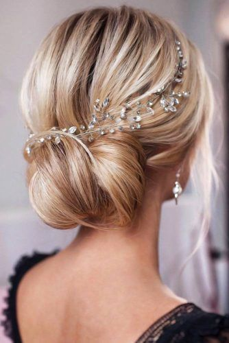 Headpiece Jewelry For Bun Updos Blonde #weddinghairstyles