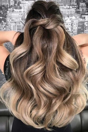Chic Hair Styles for Long Hair picture2
