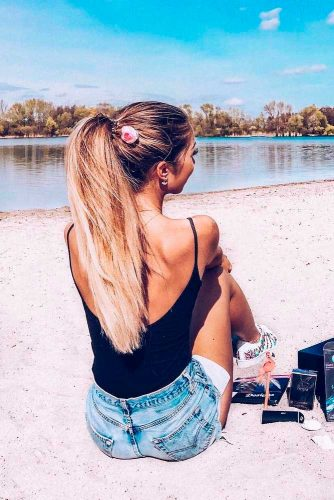 Long Hairstyles for Weekends picture2