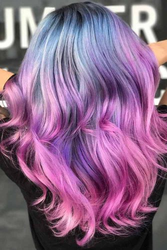 Eye-Catching Hair Colors for Long Hair picture1