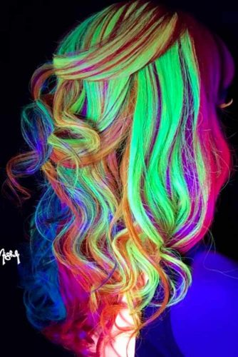 Glow-In-The-Dark Hair picture 1