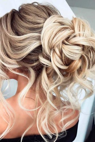 Updos Hairstyle which will Make You the Queen of the Ball picture2