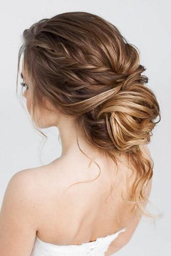 Brilliant Hair Ideas for Chic Prom Look picture 2