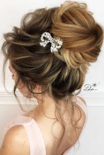 Prom Hair Updos With Accessories picture 3