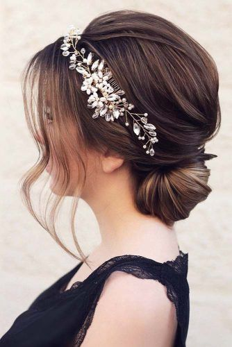 Magnificent Prom Hair That Never Goes Out Bun #updo #bun #promhairstyles